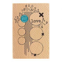 Tampon bois LOVE par Florilèges Design. Scrapbooking et loisirs créatifs. Livraison rapide et cadeau dans chaque commande.