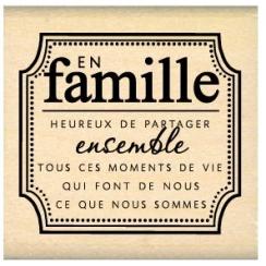 Tampon bois EN FAMILLE par Florilèges Design. Scrapbooking et loisirs créatifs. Livraison rapide et cadeau dans chaque commande.