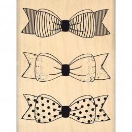 Commandez Tampon bois TROIS PETITS NŒUDS Florilèges Design. Livraison rapide et cadeau dans chaque commande.
