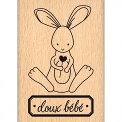 Commandez Tampon bois DOUX BÉBÉ Florilèges Design. Livraison rapide et cadeau dans chaque commande.