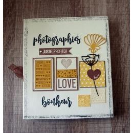 Tampon bois MINI COEUR LOVE par Florilèges Design. Scrapbooking et loisirs créatifs. Livraison rapide et cadeau dans chaque c...