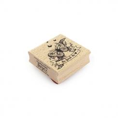 Tampon bois DU FOND DE MON CŒUR par Florilèges Design. Scrapbooking et loisirs créatifs. Livraison rapide et cadeau dans chaq...