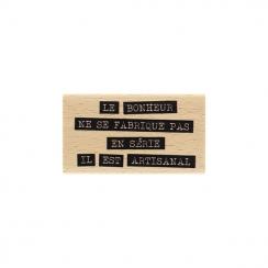 Tampon bois BONHEUR ARTISANAL par Florilèges Design. Scrapbooking et loisirs créatifs. Livraison rapide et cadeau dans chaque...