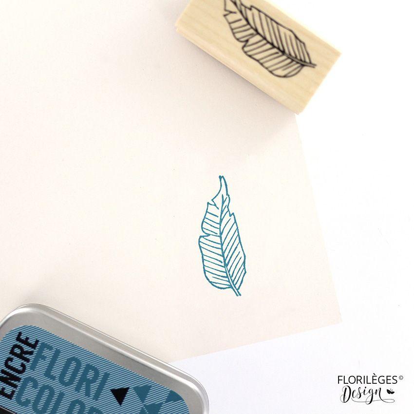 Tampon bois FEUILLE LIGNÉE par Florilèges Design. Scrapbooking et loisirs créatifs. Livraison rapide et cadeau dans chaque co...