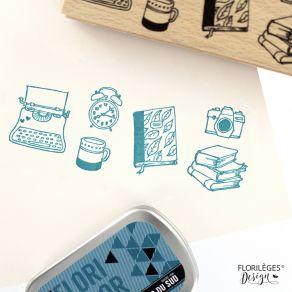 Tampon bois MOMENTS COSY par Florilèges Design. Scrapbooking et loisirs créatifs. Livraison rapide et cadeau dans chaque comm...