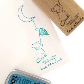Tampon bois MA JOLIE SOURIS par Florilèges Design. Scrapbooking et loisirs créatifs. Livraison rapide et cadeau dans chaque c...