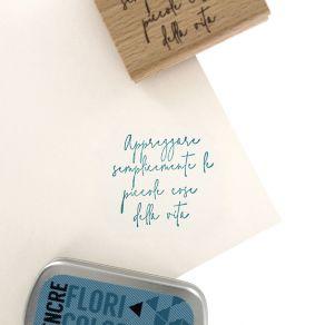 Tampon bois italien APPREZZARE LA VITA par Florilèges Design. Scrapbooking et loisirs créatifs. Livraison rapide et cadeau da...