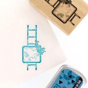 Tampon bois ÉCHELLE FLEURIE par Florilèges Design. Scrapbooking et loisirs créatifs. Livraison rapide et cadeau dans chaque c...