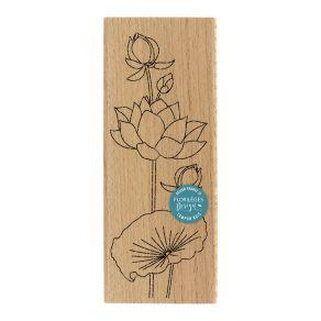 Tampon bois LOTUS À LA FEUILLE par Florilèges Design. Scrapbooking et loisirs créatifs. Livraison rapide et cadeau dans chaqu...