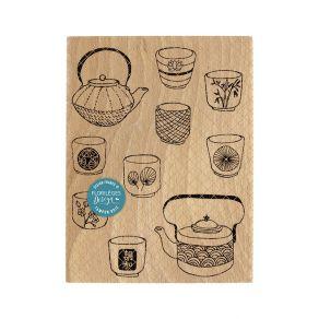 Tampon bois CHANOYU par Florilèges Design. Scrapbooking et loisirs créatifs. Livraison rapide et cadeau dans chaque commande.